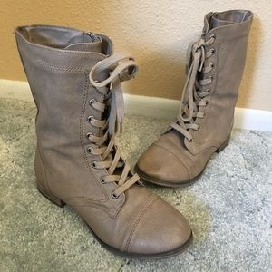 Breckelle's Tan Colored Lace Up Combat Boots